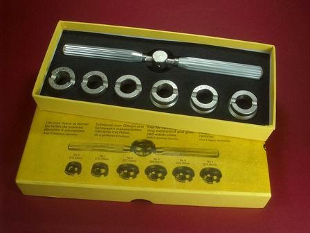 Gehäuseöffner-Set Werkzeug für Uhren mit geriffeltem Boden passend auch für Uhren der Marke Rolex oder Tudor