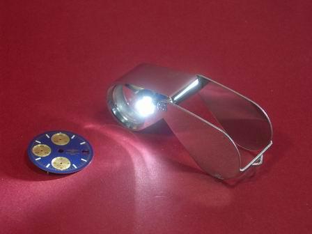 Sehr hochwertige LED Juwelier Lupe