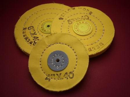 Polierscheiben-Set bestehend aus drei Scheiben unterschiedlicher Durchmesser