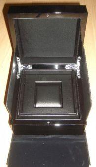 Edle Uhren-Dose Box aus hochglanzlackiertem Holz