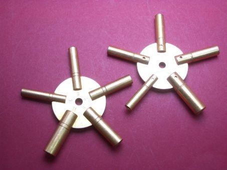 Sternschlüssel für Grossuhren im Set No.: 3,5,7,9,11 und No.:2,4,6,8,10 aus Messing