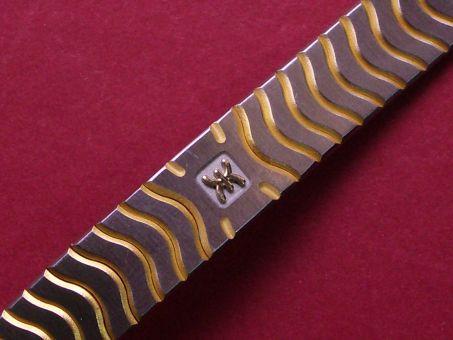 Ebel Stahl/Gold Metall-Armband, mit verdeckter Schließe, Länge: 152mm, Breite: 12,9mm am Gehäuse 10mm an der Schließe